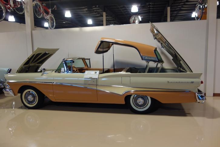 Ford Fairlane, Retractable Hardtop
